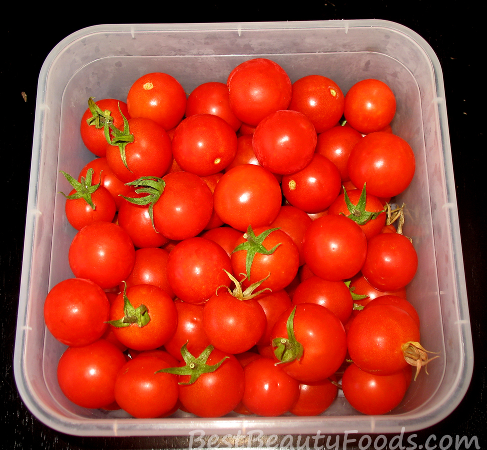 Dynamic Orange Tomato Dressing Video Raw Vegan Recipe: Secret SuperGreens Salad